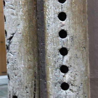 """Le décor de style gothique se rencontre sur les poteaux corniers. Maisons des Trois Flûtes, """"Rue des Juifs"""""""