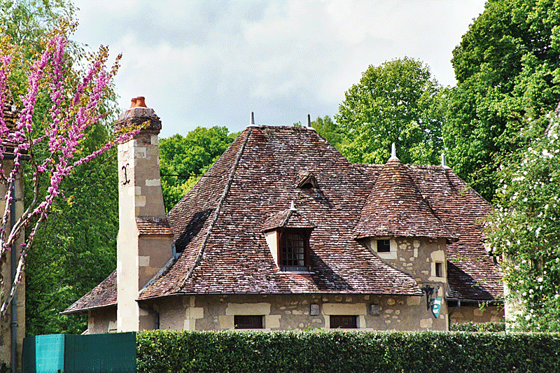 VILLAGEAPREMONT1